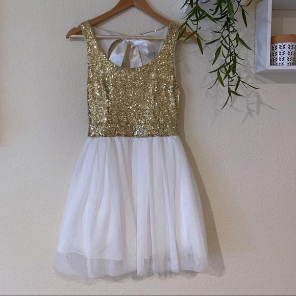 B Darlin Dresses & Skirts - B. Darlin gold and white homecoming dress